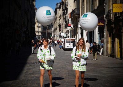 ballon-sac-a-dos-publicitaire-marquage-logo-street-marketing-roadshow-lancement-de-produit