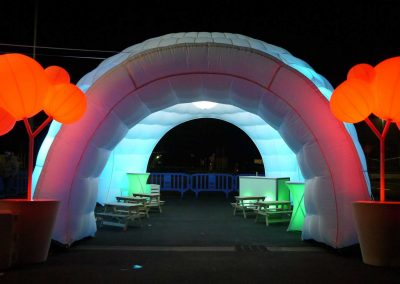 igloo-gonflable-blanc-eclairage-led-evenement